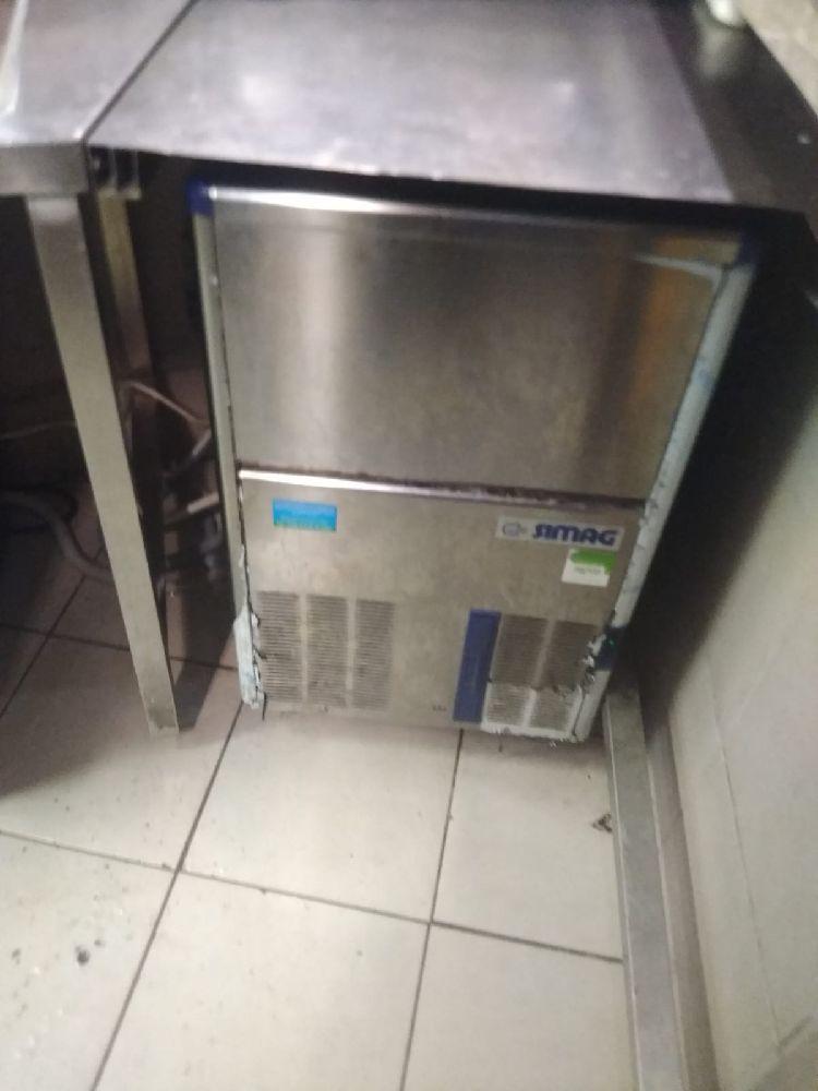 simag marka buz makinesi