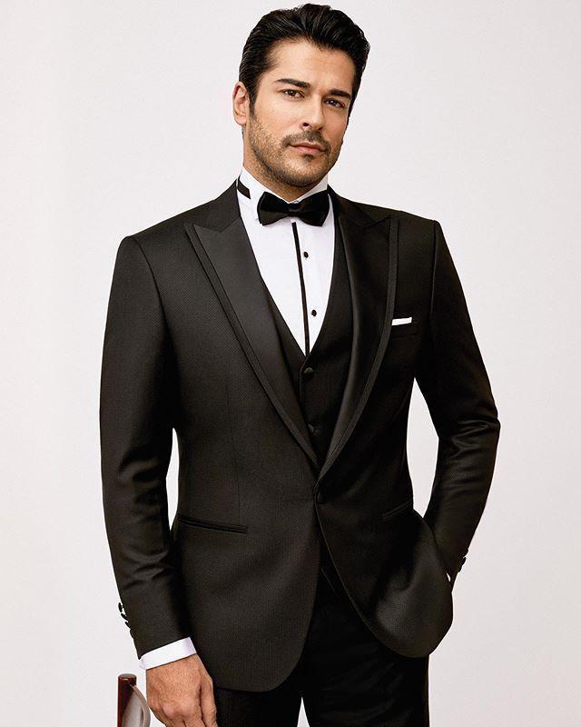 Smokin Altınyıldız Satılık 1 kez giyilmiş Yeni Smoking Burak Özcivit Modeli