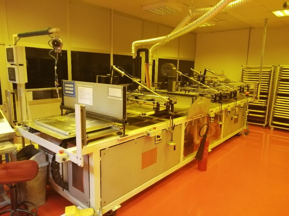 Serigrafi Makinaları System Automation Inc. Satılık Otomatik Kayar Tabla Serigrafi Makinesi 4 istasyon