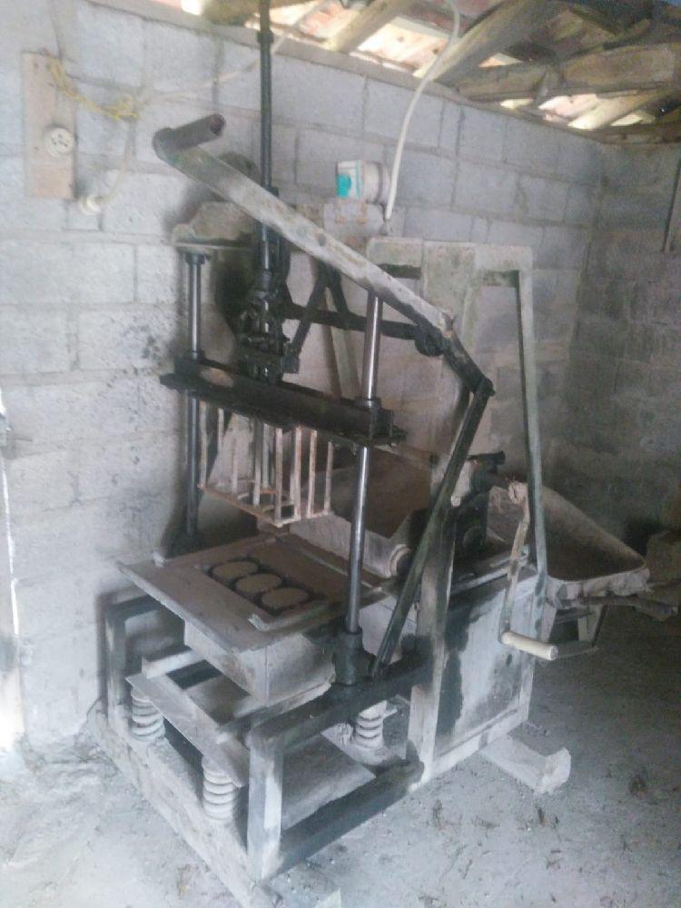 Briket Makinaları Satılık Manuel 20 cm ve 15 cm'lik briket makinası