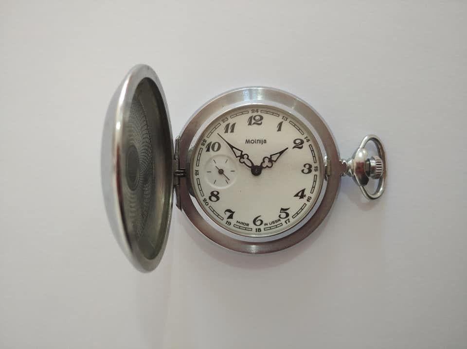 Cep Saati, Köstekli saat Satılık Antika Sandık Malı Molnija Cep Saati. Sorunsuz