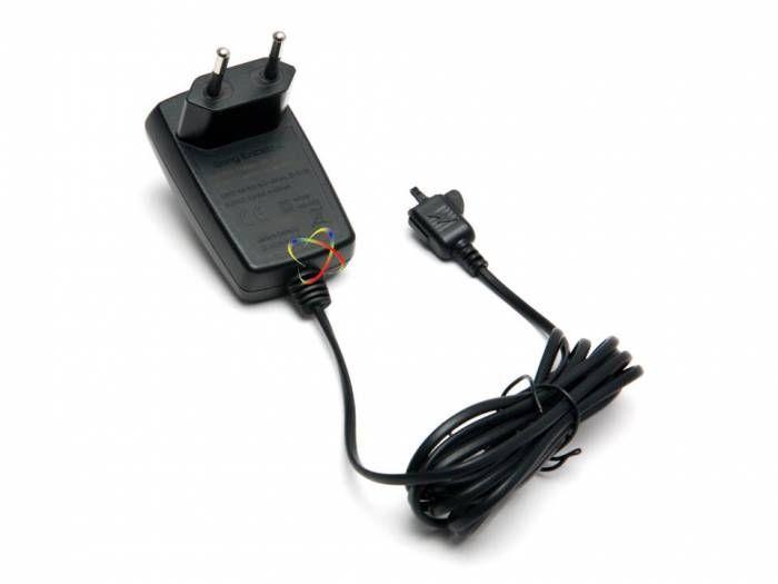 Cep Telefonu Aksesuarları Satılık Sony Ericsson Cst-61 seyehat şarjı