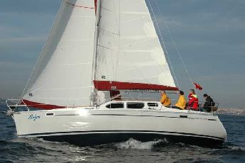 Yeni Deck Salon yelkenli tekne