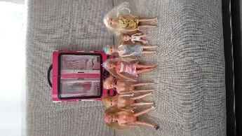 Barbie gardrop ve 7 bebek