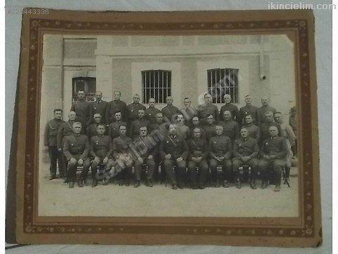 Cumhuriyet dönemi fotoğraflarından bir grup subay