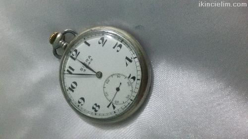 Büyük dededen kalma kurmalı köstekli saat