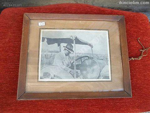 S. Süreyya imzalı Atatürk Resmi Trafktör üzerinde