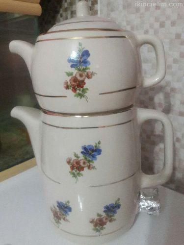 Antika porselen çaydanlık takımı