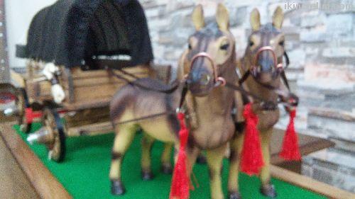 Dekoratif Mini (Göçebe) Maket At Arabası