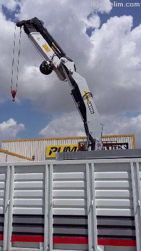 Satılık 10 tonluk Puma vinç uzaktan kumandalı vinç