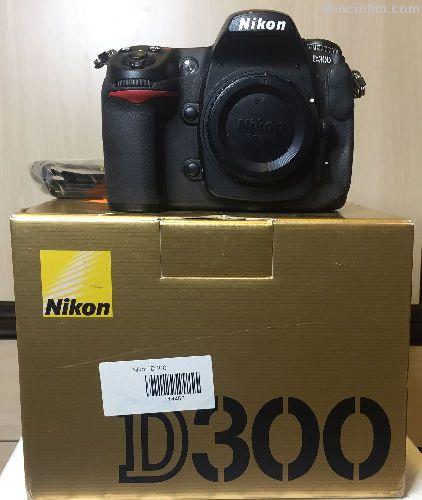 Nikon D300 gövde çok temiz - 25 K çekim sayısı