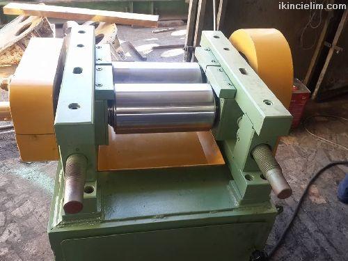 Formül kauçuk hamur makinesi
