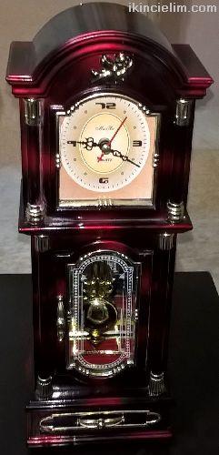 Dekoratif Sarkaçlı Saat
