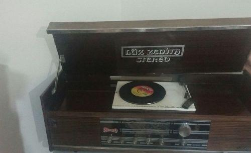 Antika Lux Zenıth Radyo Pikapçalar