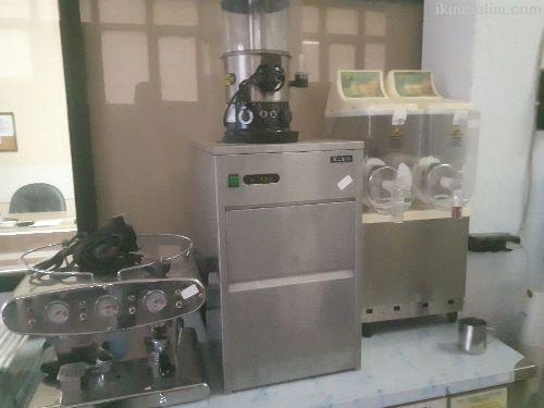 20 Kg Lık Buz Makinesi