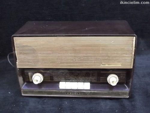 Philips marka antika lambalı radyo
