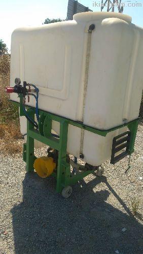 Satılık 800 Lt İlaçlama Makinası