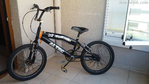 Akrobasi bisikleti az kullanılmış