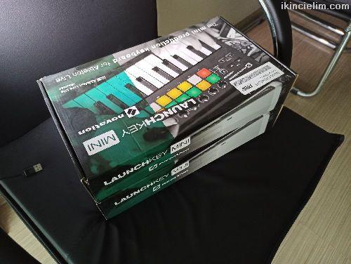 Sıfır Garantili Launchkey Mini Mk2 Midi Klavye