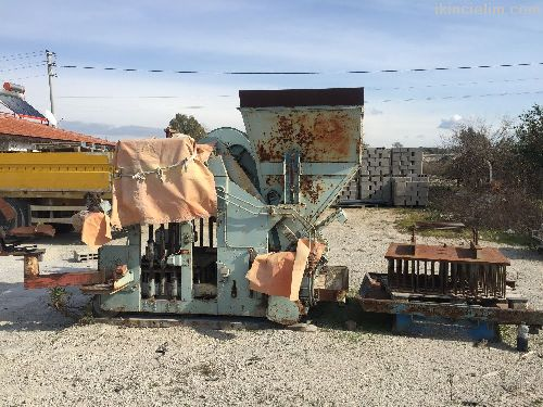Türkiye de tek Alman malı yürüyen makine