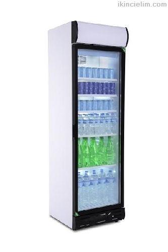 Cola meşrubat şişe dolabı