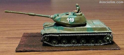 Is-1 Sovıet Heavy Tank 1/72