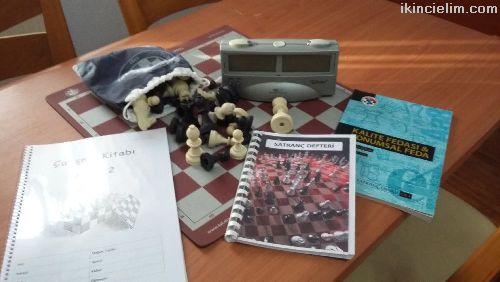 Silver satranç saati ve eğitim seti