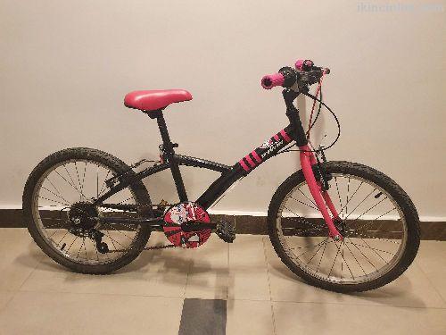 Tane 20 kız bisiklet