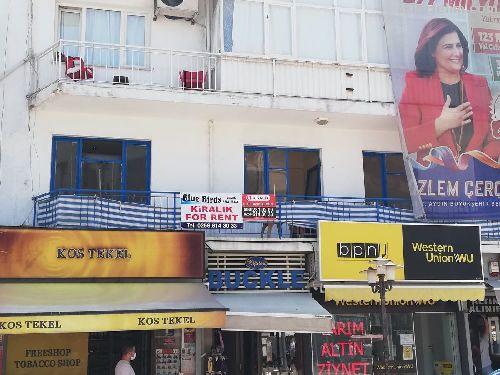 Kuşadası Çarşı Merkezinde Kiralık 2+1 Dükkan