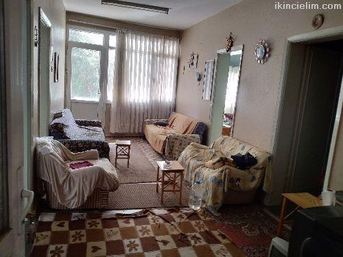 Kod:D-302 İzmir/Çamdibinde 2. Kat Daire 285 bin tl