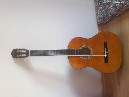 Satılık gitar