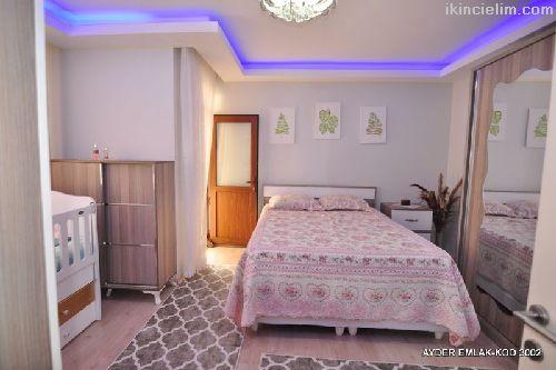 Cumhuriyet mah de satılık 170 m² 4+1 dubleks kat d