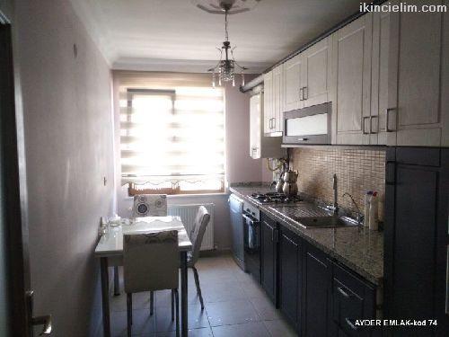 Şirinevler  mah de satılık 210 m² -5+1  dubleks. k