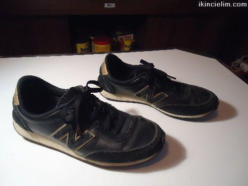 New Balance 410 Spor Ayakkabı Sorunsuz