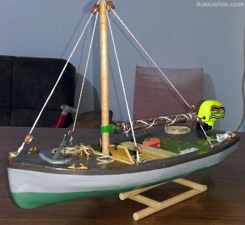 El yapımı Biblo Yelkenli Balıkçı Sandalı