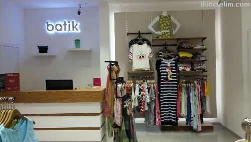 Satılık Giyim Mağaza Dekoru ve mobilyaları, manken