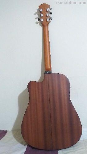 Akustik Elektronık Gitar