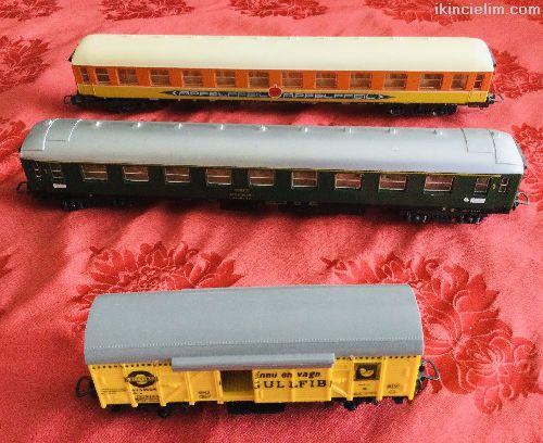 Gerçek Trenlerin Minyatür örneği Vagonlar